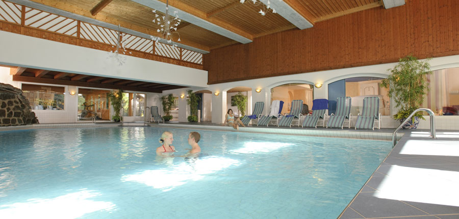 Switzerland_Klosters_Hotel-Silvretta-Park_Indoor-pool2.jpg